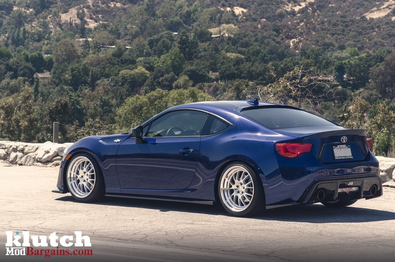 Quick snap scion fr s on klutch sl14 wheels photo shoot for Toyota 86 exterior mods