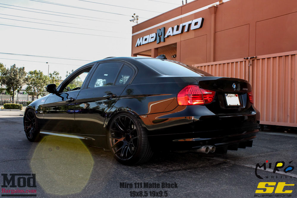 Black BMW E90 328i ST Suspensions Miro 111 matte black