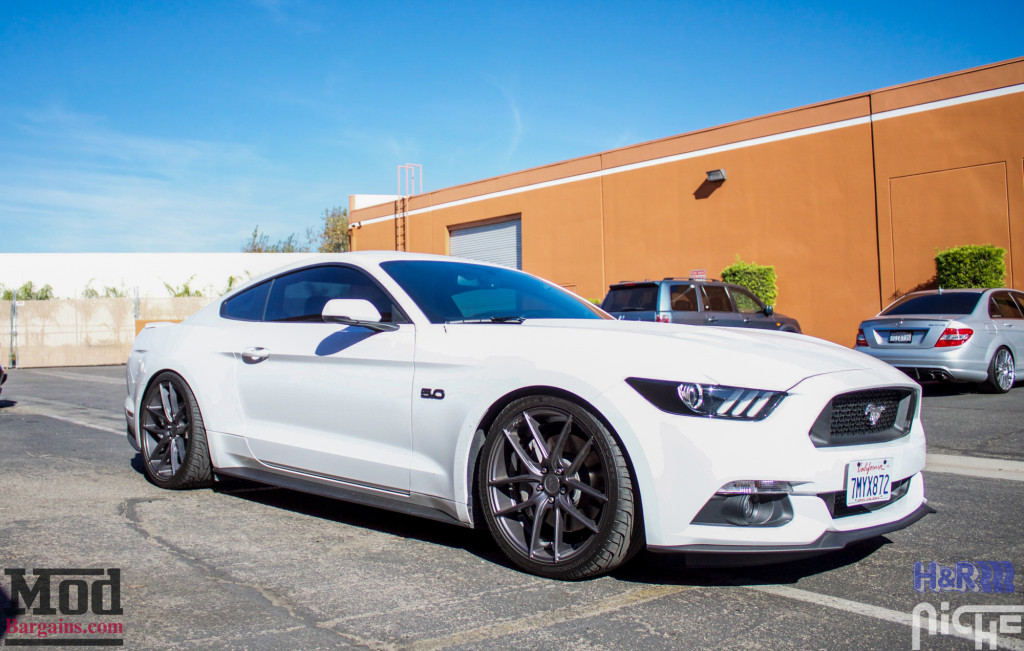 Ford_S550_Mustang_GT_HR_SuperSport_Niche_Targa_-7