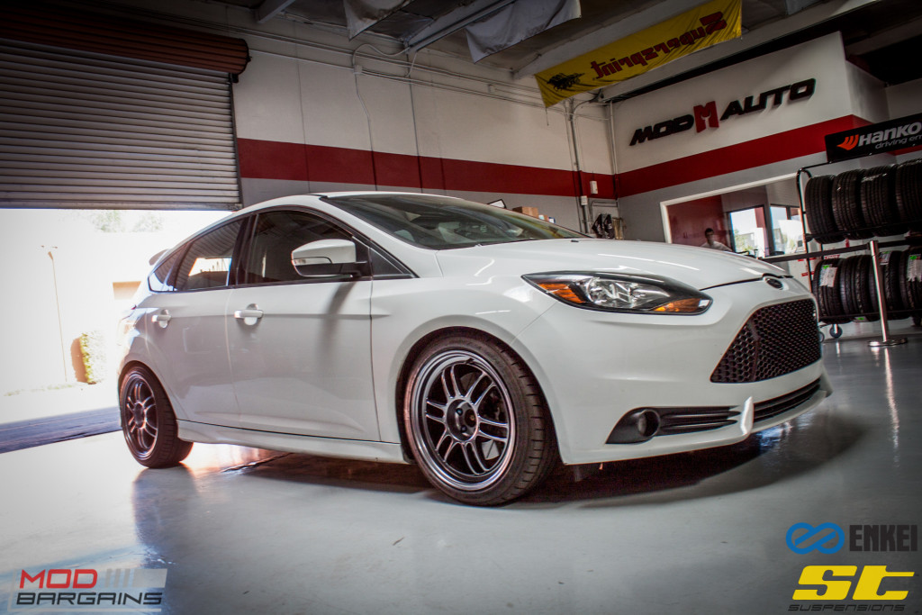 Ford Focus ST 14 CX FMIC ST X Coilovers Enkei RPF-1 Steeda Rear Sway Milltek nonres (14)
