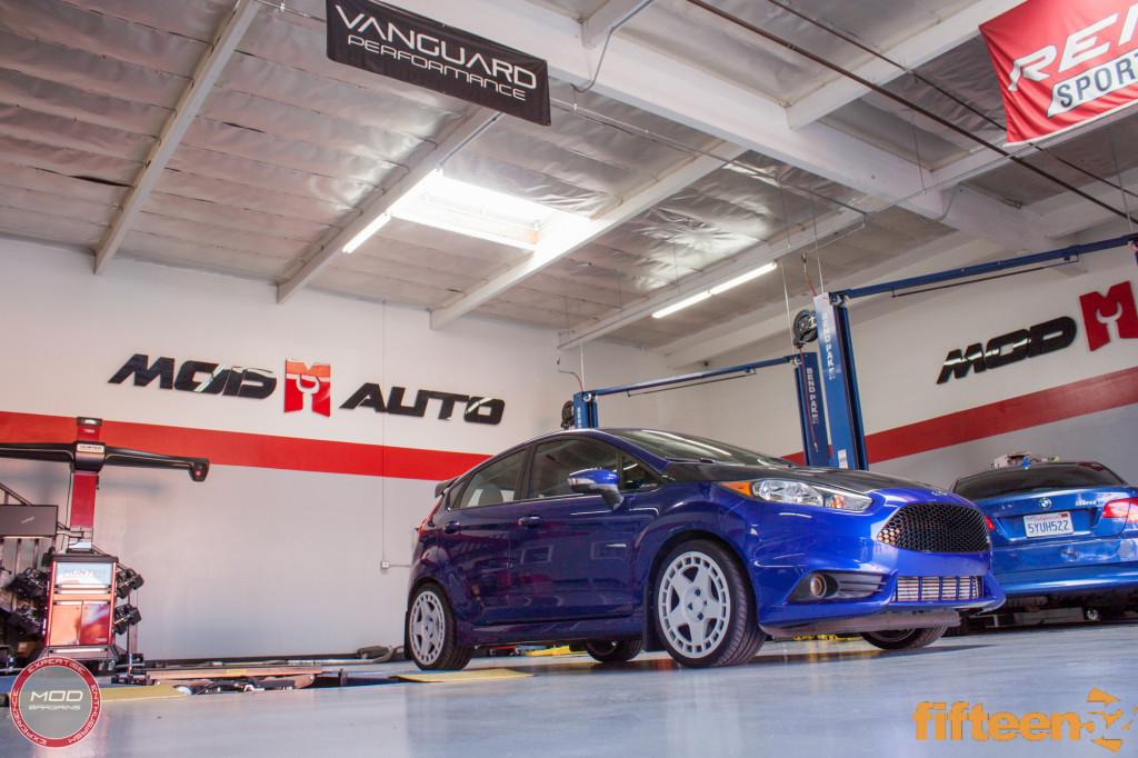 Ford_Fiesta_ST_Fifteen52_Turbomac_Seibon_CF_Hood_Luis_Lara (18)