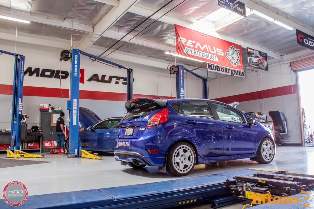 Ford_Fiesta_ST_Fifteen52_Turbomac_Seibon_CF_Hood_Luis_Lara (30)