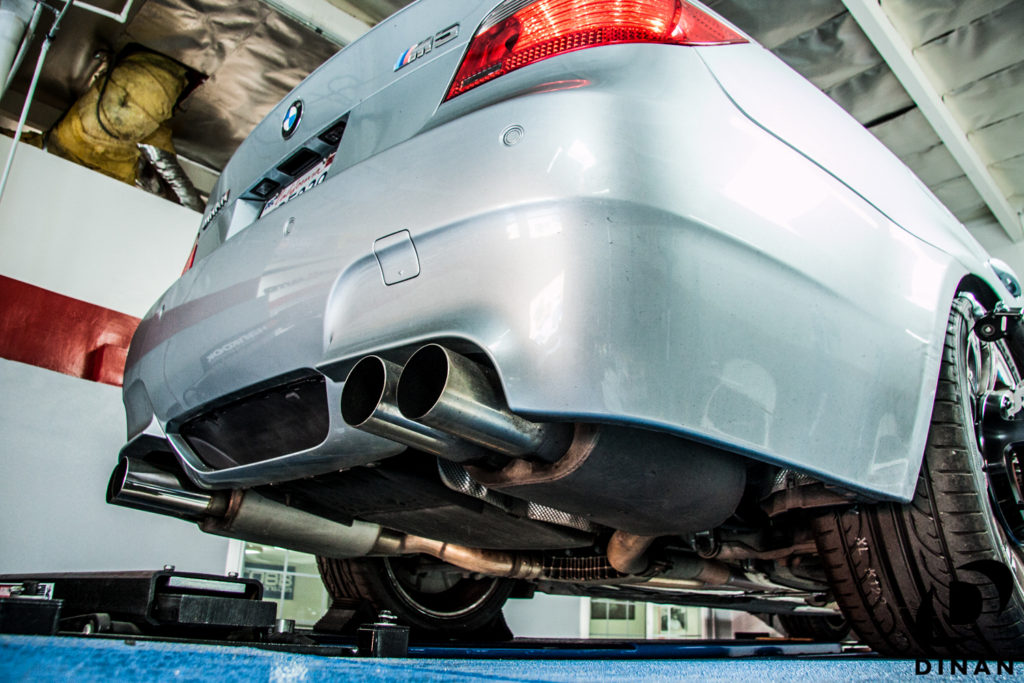 BMW_E60_M5_Dinan_Exhaust-4