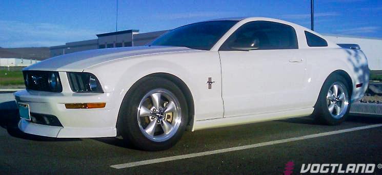 Ford_S197_Mustang_GT_Vogtland_Springs_Img005