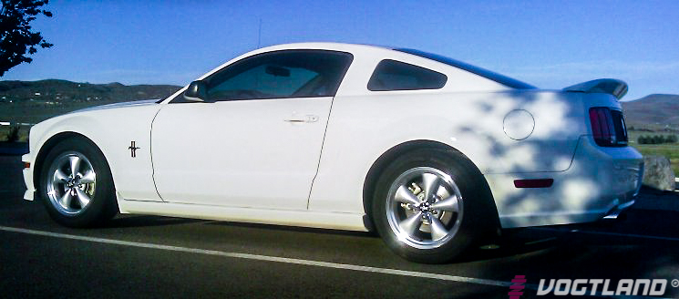 Ford_S197_Mustang_GT_Vogtland_Springs_Img006