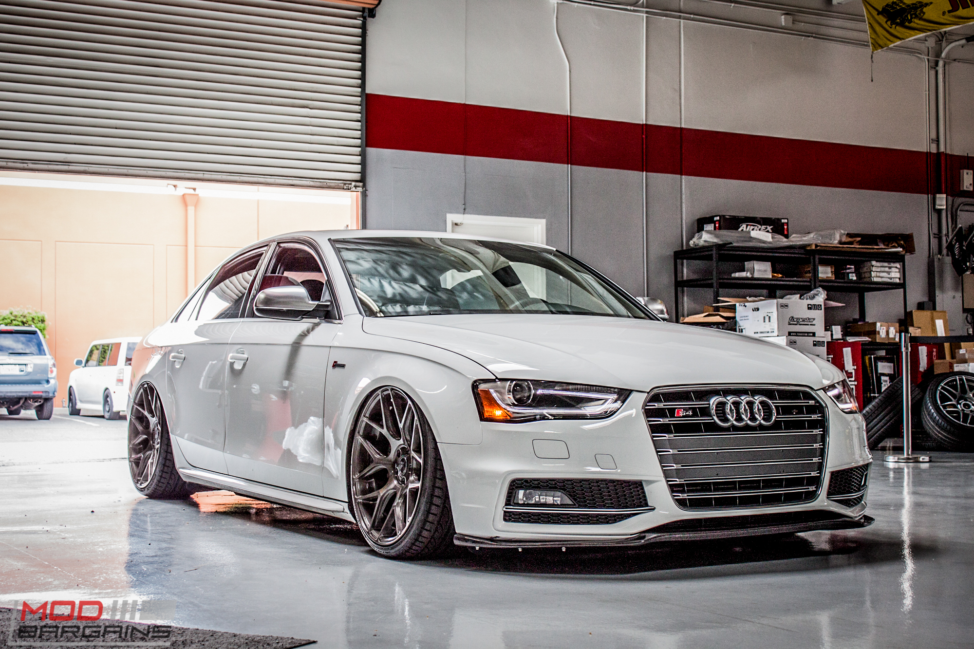 awe equipped airrex bagged b8 audi s4 gets deval aero. Black Bedroom Furniture Sets. Home Design Ideas